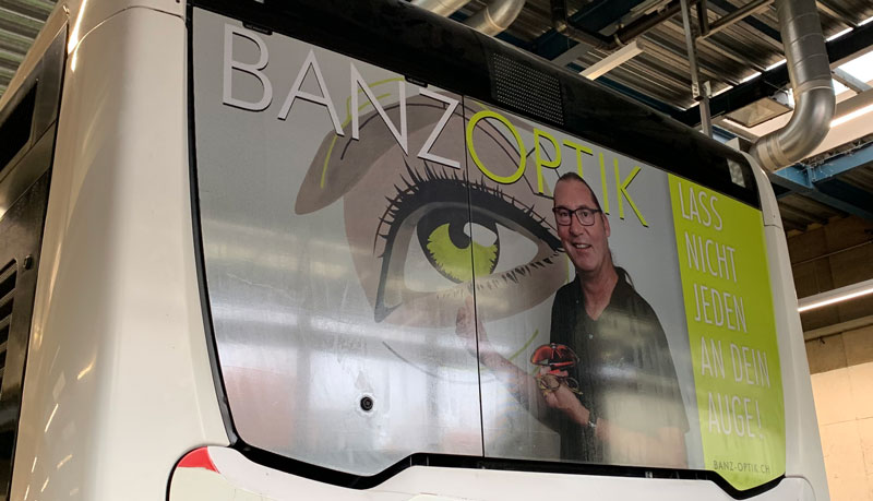 Banz Optik Buswerbung